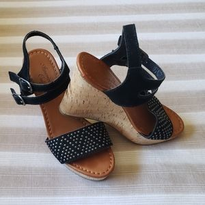 American Eagle wedges size 7.5
